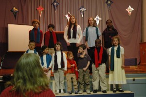 Children's Choir sings in the Christmas Pageant 2008